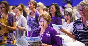 LWML ladies singing at convention